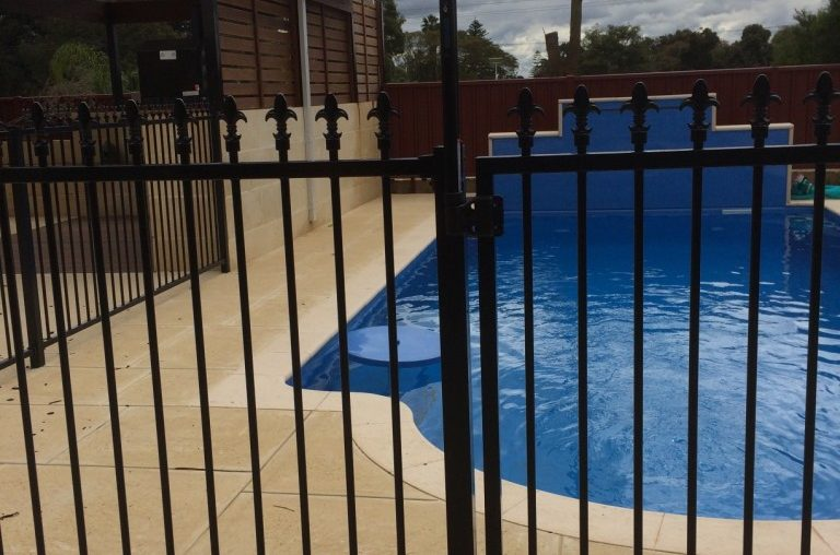 Installing Pool Fencing Panels Aussie Fencing
