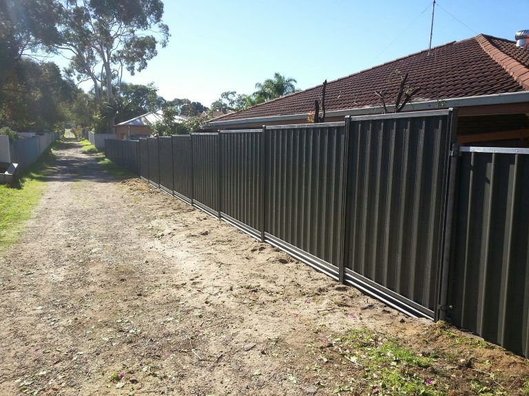 Steel Pre Painted Plinths Aussie Fencing